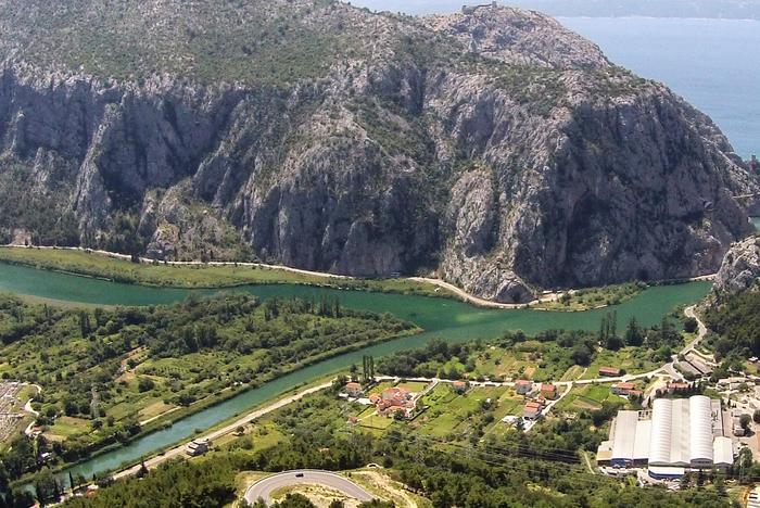 Omis Upstream - Radmanove Mlinice