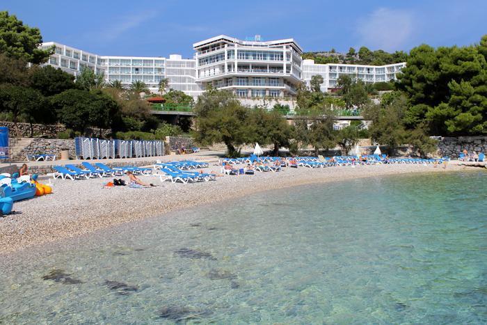 Голубой флаг присвоен пляжу на острове Хвар