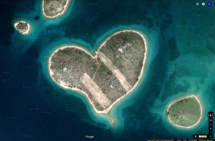 Galešnjak - heart shaped island in Croatia