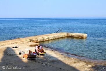 Nejbližší pláž  - A-13589-b