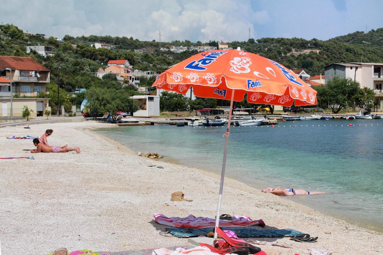 Trogir vila u moře