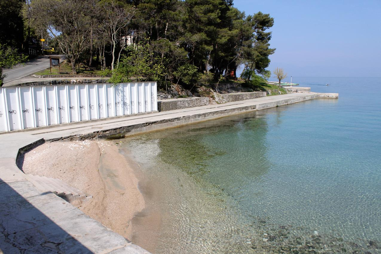 Ferienhaus Haus im Ort Milovii (Krk), Kapazität2+0 (2367925), Milohnici, Insel Krk, Kvarner, Kroatien, Bild 7