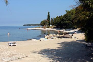 Nejbližší pláž  - A-6995-b