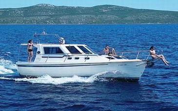 Yacht charter Adria 1002 V | C-MB-3550