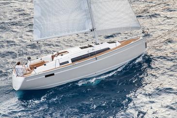 Yacht charter Bavaria 33 Cruiser | C-SY-4051