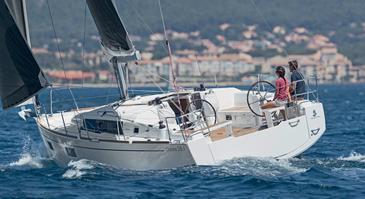 Yacht charter Beneteau Oceanis 38.1 | C-SY-3993