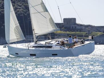 Yacht charter Dufour 430 | C-SY-4237