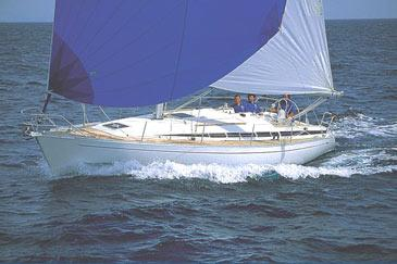 Yacht charter Grand Soleil 37 | C-SY-189