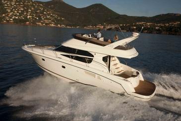 Yacht charter Jeanneau Prestige 440 | C-MB-4250