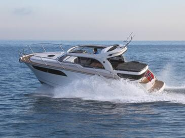 Yacht charter Marex 320 | C-MB-4262