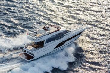 Pronájem lodí Prestige 590 | C-MB-4075