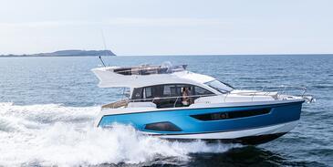 Yacht charter Sealine F430 | C-MB-4181