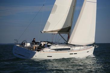 Yacht charter Sun Odyssey 439 | C-SY-1221