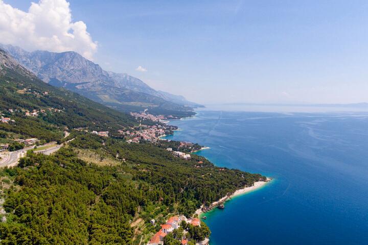 Brela dans la côte Makarska (Srednja Dalmacija)