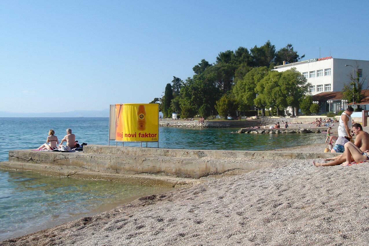 Ferienhaus Haus im Ort Milovii (Krk), Kapazität2+0 (2367925), Milohnici, Insel Krk, Kvarner, Kroatien, Bild 9