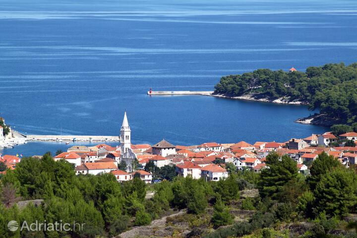 Jelsa sull'isola Hvar (Srednja Dalmacija)