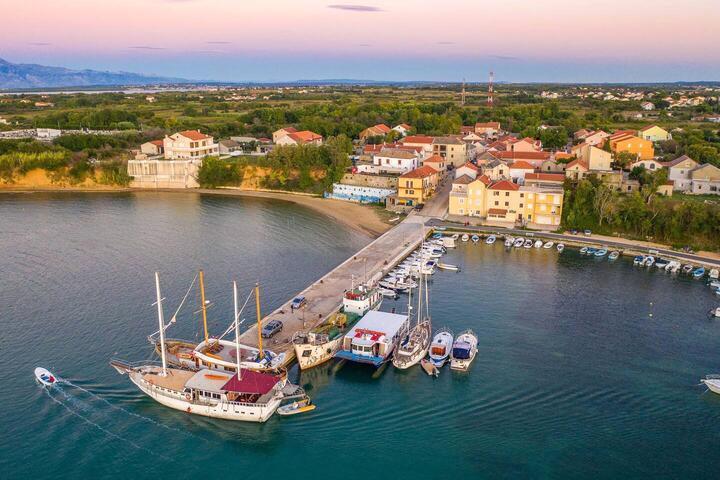 Privlaka u rivijeri Zadar (Sjeverna Dalmacija)