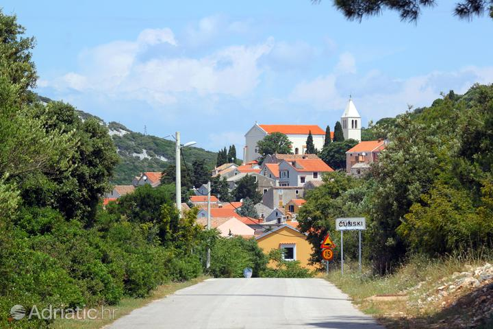 Ćunski on the island Lošinj (Kvarner)