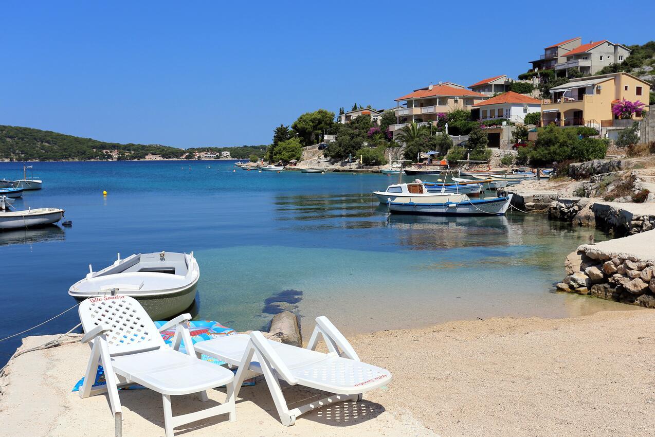 Ferienwohnung im Ort Ra~anj (Rogoznica), Kapazität 6+3 (2143252), Ražanj, , Dalmatien, Kroatien, Bild 14