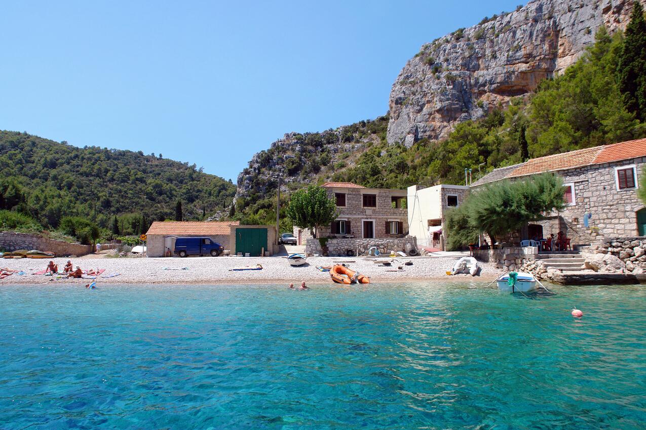 Chorvatsko ubytování pro 18 osob