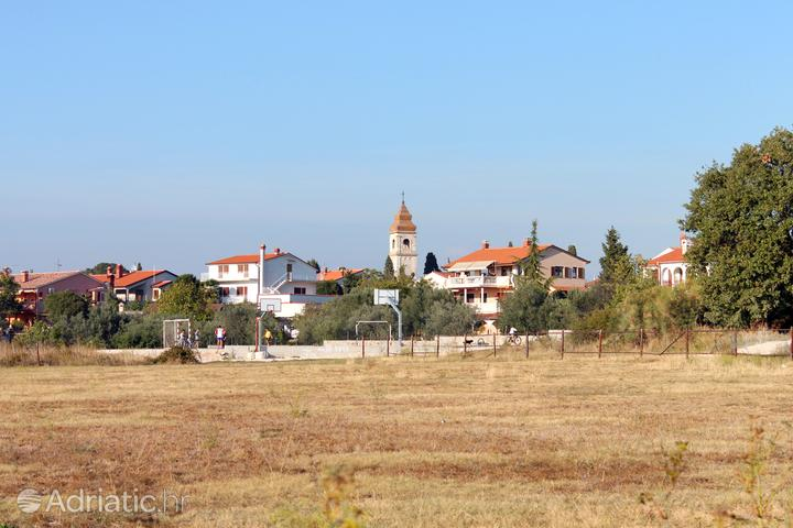 Peroj in riviera Fažana (Istra)