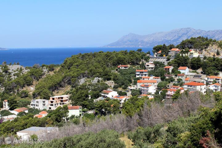 Krvavica dans la côte Makarska (Srednja Dalmacija)