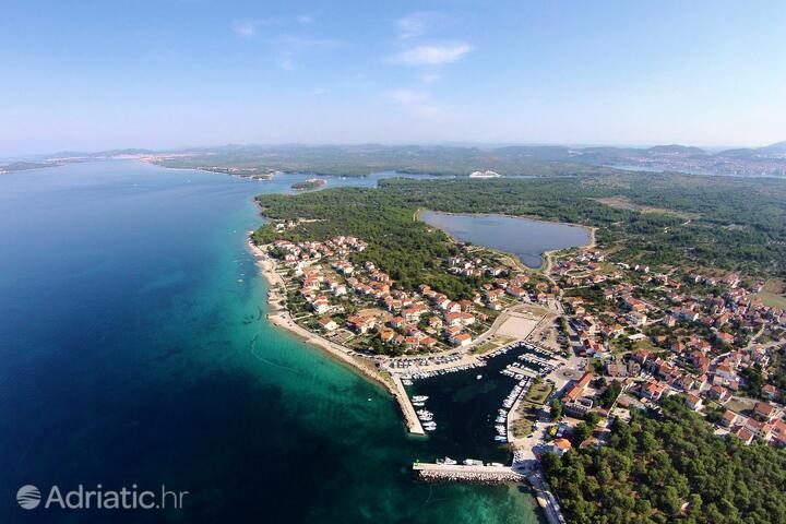 Zablaće pe riviera Šibenik (Sjeverna Dalmacija)