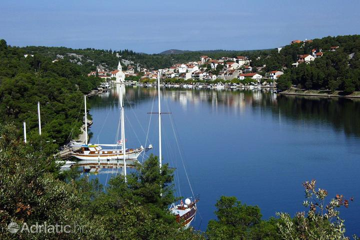 Zaton на Ривьере Krka (Sjeverna Dalmacija)