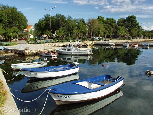 Raslina in riviera Krka (Sjeverna Dalmacija)