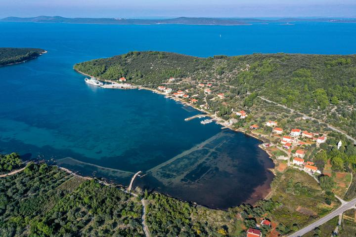Brbinj на острове Dugi otok (Sjeverna Dalmacija)