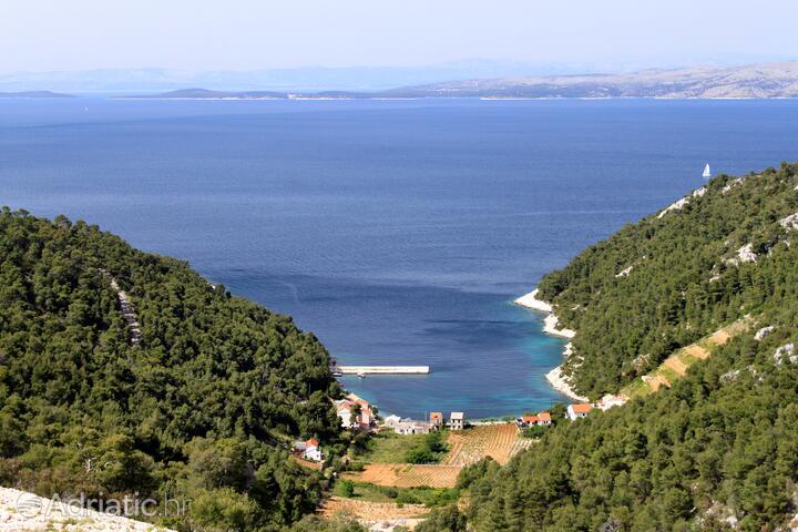 Stiniva (Brusje) na ostrově Hvar (Srednja Dalmacija)