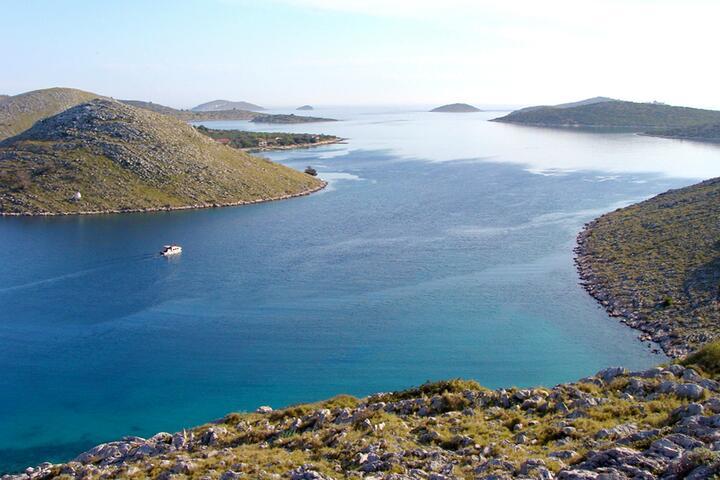 Vela Proversa na otoku Kornati (Sjeverna Dalmacija)