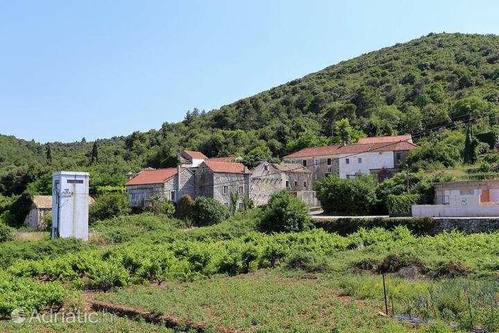 Popova Luka na riviére Pelješac (Južna Dalmacija)