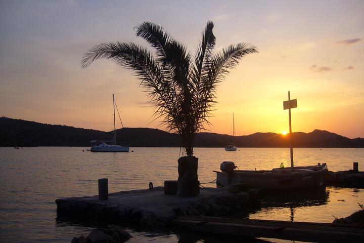 Kršovica - Telašćica na otoku Dugi otok (Sjeverna Dalmacija)