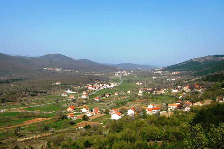 Cista Provo in riviera Zagora (Midden Dalmacija)