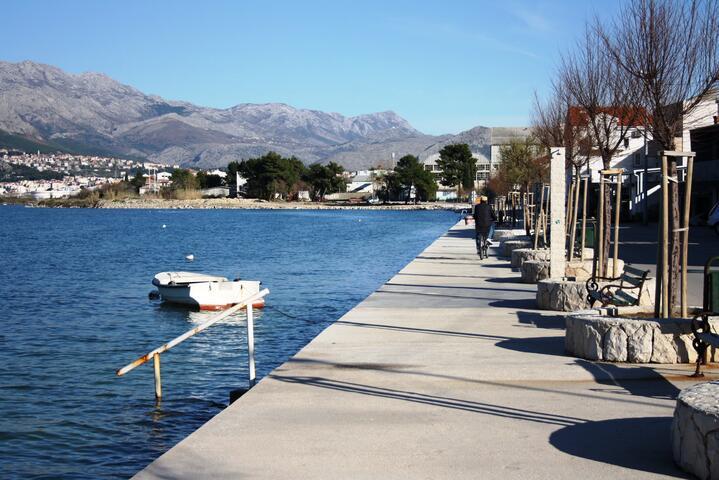 Vranjic in riviera Split (Srednja Dalmacija)