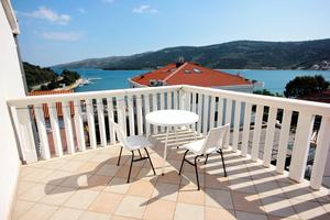 Apartments by the sea Marina, Trogir - 10003
