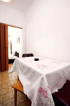 Marina, Ebédlő szállásegység típusa studio-apartment, WiFi .