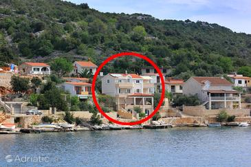 Vinišće, Trogir, Property 10007 - Apartments by the sea.