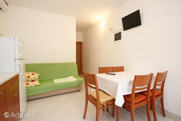 Poljica, Столовая в размещении типа apartment, доступный кондиционер и WiFi.