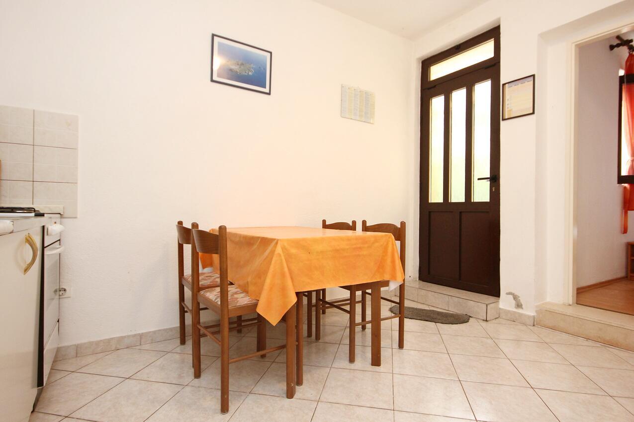 Ferienwohnung im Ort Poljica (Trogir), Kapazität 4+0 (1606041), Poljica, , Dalmatien, Kroatien, Bild 3