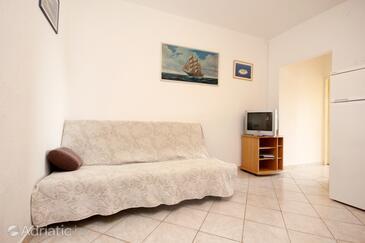 Poljica, Living room in the apartment, dopusteni kucni ljubimci i WIFI.