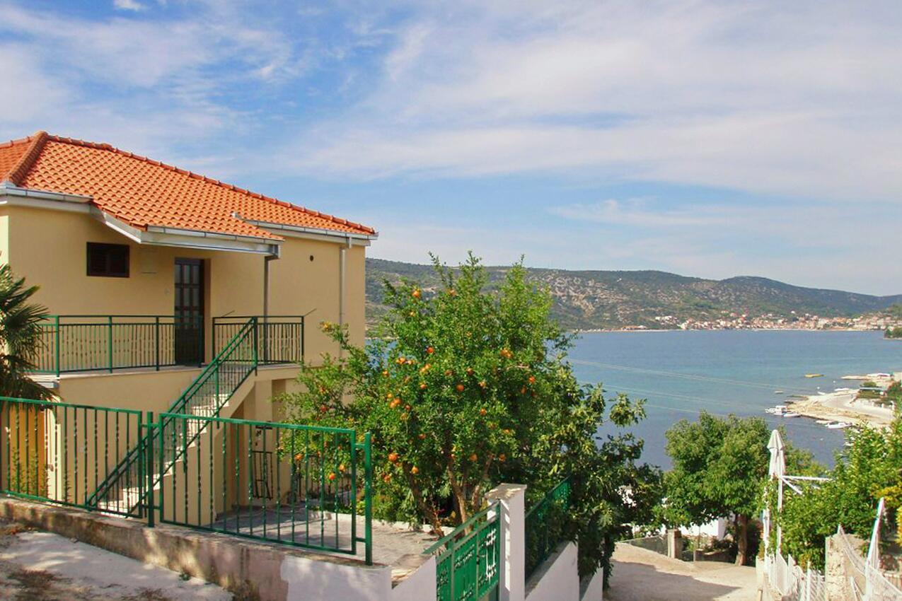 Ferienwohnung im Ort Poljica (Trogir), Kapazität 4+0 (1606041), Poljica, , Dalmatien, Kroatien, Bild 1