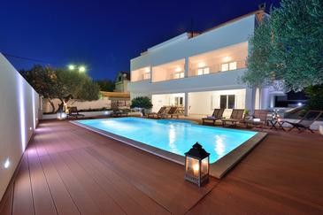 Zadar, Zadar, Property 10016 - Vacation Rentals with pebble beach.