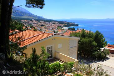 Baška Voda, Makarska, Property 10027 - Apartments with pebble beach.