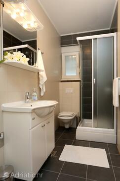 Bathroom    - A-10031-d
