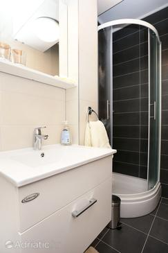Bathroom    - A-10031-f