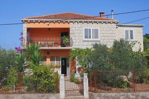 Apartments by the sea Korčula - 10042