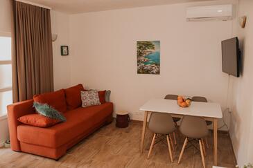 Orebić, Pokój dzienny w zakwaterowaniu typu apartment, Dostępna klimatyzacja, zwierzęta domowe są dozwolone i WiFi.