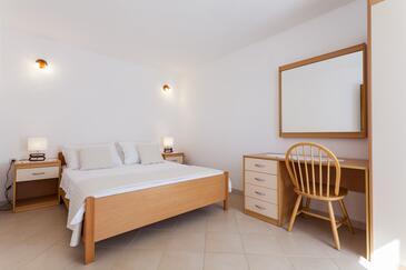 Bedroom    - A-10049-c